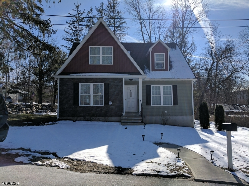 Single Family Home for Rent at 1 Butler Lane West Milford, New Jersey 07480 United States