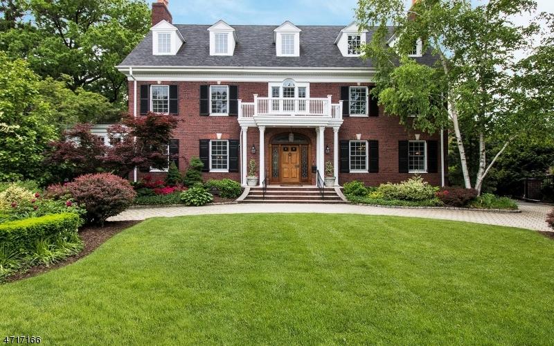 独户住宅 为 销售 在 376 RIDGEWOOD Avenue 格伦岭, 新泽西州 07028 美国