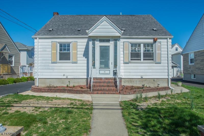 Частный односемейный дом для того Аренда на 78 Huron Avenue Clifton, Нью-Джерси 07013 Соединенные Штаты