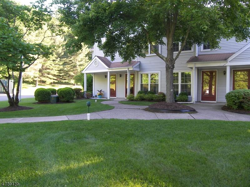 Частный односемейный дом для того Аренда на 55 Homestead Lane Lincoln Park, Нью-Джерси 07035 Соединенные Штаты
