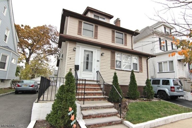 Casa Unifamiliar por un Alquiler en 24 Bremond Street Belleville, Nueva Jersey 07109 Estados Unidos