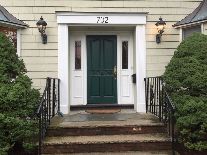 Частный односемейный дом для того Аренда на 702 Castleman Drive Westfield, Нью-Джерси 07090 Соединенные Штаты