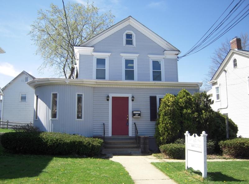 Частный односемейный дом для того Продажа на 63 Grove Street Somerville, 08876 Соединенные Штаты