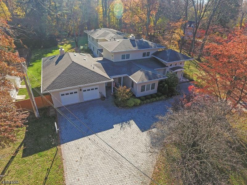 Maison unifamiliale pour l à louer à 34 Kitchell Road Madison, New Jersey 07960 États-Unis