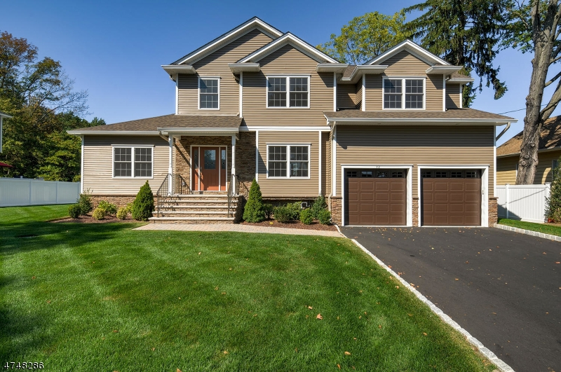 Maison unifamiliale pour l Vente à 72 Mandeville Avenue Pequannock, New Jersey 07440 États-Unis