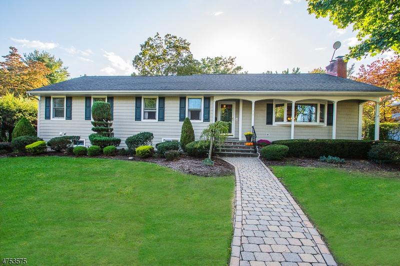 Casa Unifamiliar por un Venta en 16 Plymouth Road Glen Rock, Nueva Jersey 07452 Estados Unidos