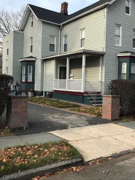 Casa Unifamiliar por un Alquiler en 27 Bedford Street East Orange, Nueva Jersey 07018 Estados Unidos