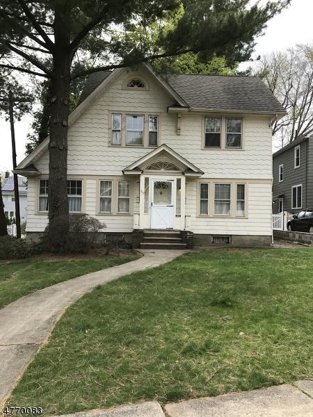 Einfamilienhaus für Verkauf beim 69 N Spring Garden Avenue 69 N Spring Garden Avenue Nutley, New Jersey 07110 Vereinigte Staaten