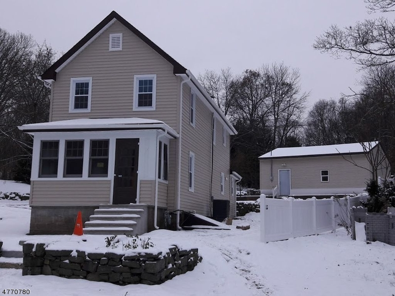 Single Family Home for Sale at 40 Center Street Netcong, New Jersey 07857 United States