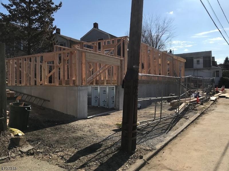 一戸建て のために 売買 アット Address Not Available Caldwell, ニュージャージー 07006 アメリカ合衆国