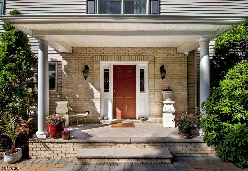 Condo / Townhouse pour l Vente à 24 LANE Avenue Caldwell, New Jersey 07006 États-Unis