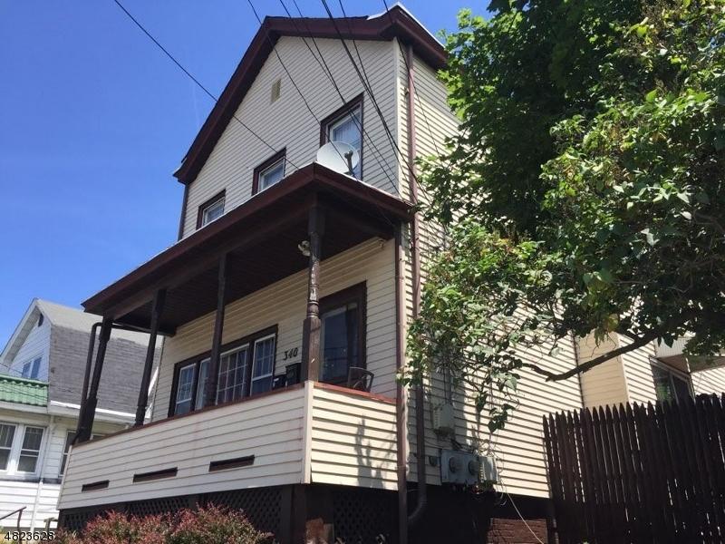 Многосемейный дом для того Продажа на 340 VAN DYKE Avenue Haledon, Нью-Джерси 07508 Соединенные Штаты