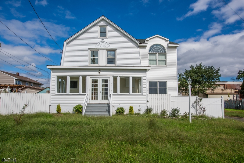 Single Family Home for Sale at 176 EDGEWOOD TER South Bound Brook, New Jersey 08880 United States