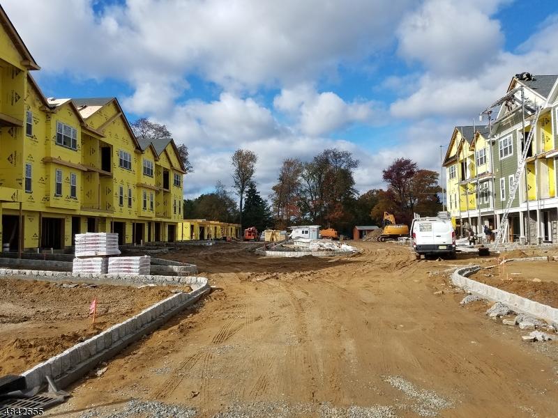 Condominio/ Casa de pueblo por un Venta en 6 Chaz Way Fairfield, Nueva Jersey 07004 Estados Unidos