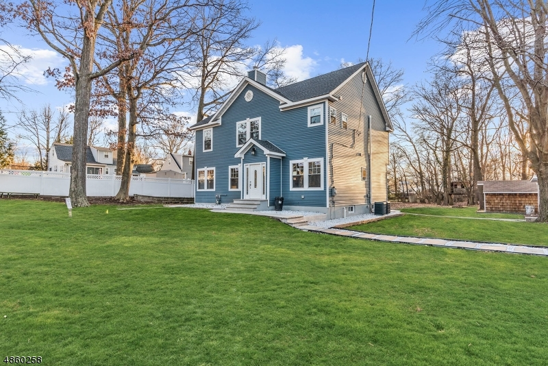 Single Family Home for Sale at 36 STAGAARD Place Fanwood, New Jersey 07023 United States