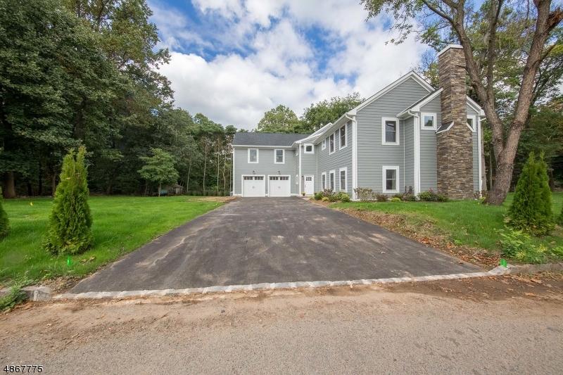 独户住宅 为 销售 在 227 SUMMIT Road Mountainside, 新泽西州 07092 美国