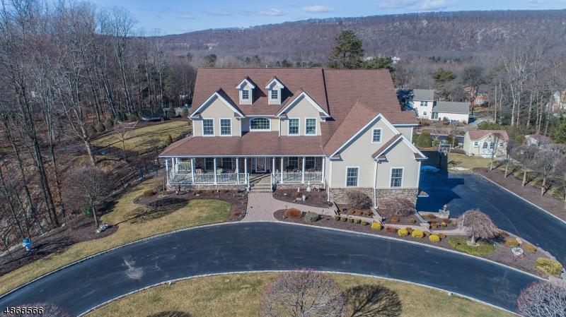 Tek Ailelik Ev için Satış at 1 Perin Place Roxbury Township, New Jersey 07876 Amerika Birleşik Devletleri