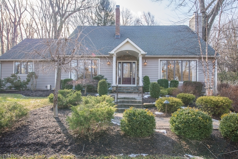 Single Family Home for Sale at 10 ZEEK Road Denville, New Jersey 07950 United States