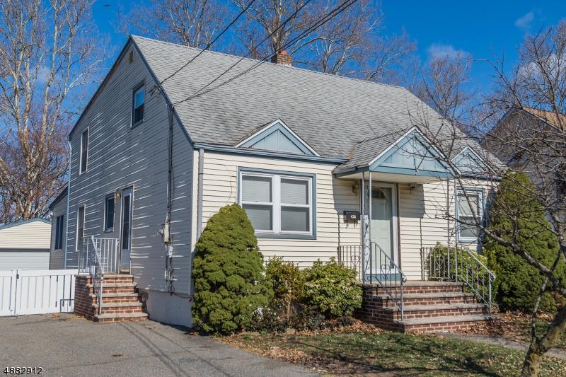 Villa per Vendita alle ore 426 MT PLEASANT Avenue Woodland Park, New Jersey 07424 Stati Uniti