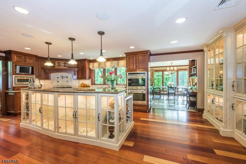 single family homes для того Продажа на Mountain Lakes, Нью-Джерси 07046 Соединенные Штаты