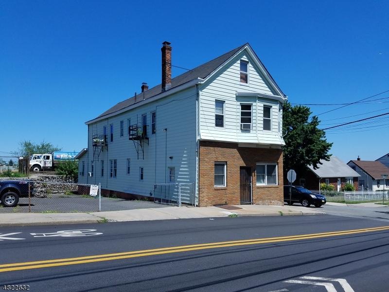Multi-Family Homes für Verkauf beim Clifton, New Jersey 07011 Vereinigte Staaten