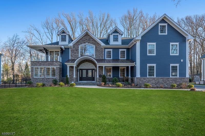 Single Family Homes per Vendita alle ore 2098 DOGWOOD Drive Scotch Plains, New Jersey 07076 Stati Uniti