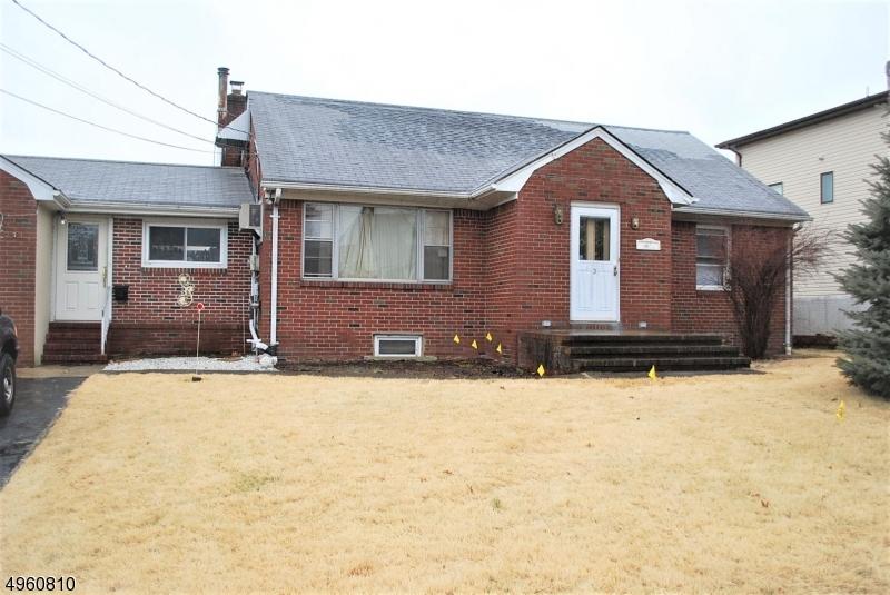 Single Family Homes للـ Sale في Wallington, New Jersey 07057 United States