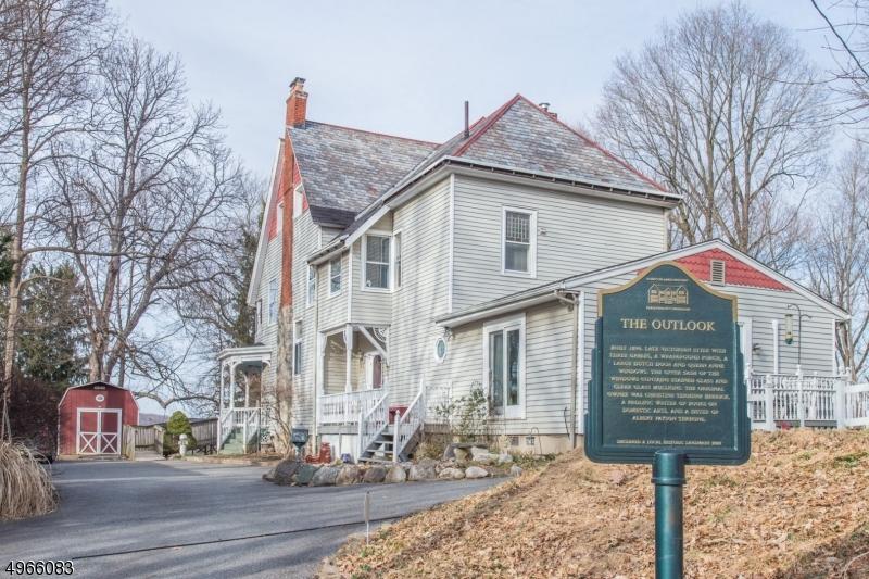 Single Family Homes vì Bán tại Pompton Lakes, New Jersey 07442 Hoa Kỳ