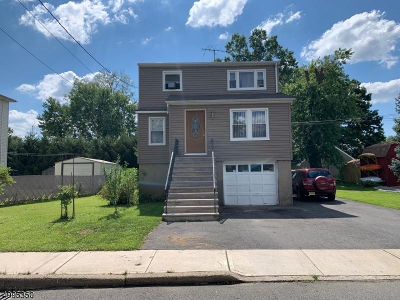 Multi-Family Homes için Satış at Little Ferry, New Jersey 07643 Amerika Birleşik Devletleri