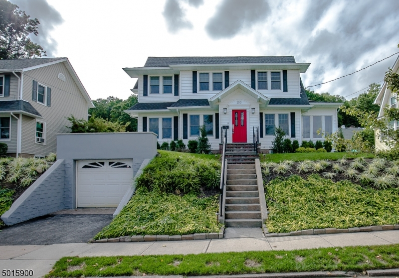 Single Family Homes için Satış at Hawthorne, New Jersey 07506 Amerika Birleşik Devletleri