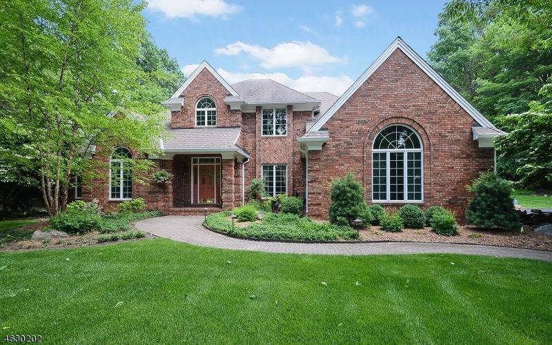 独户住宅 为 销售 在 12 Stone Ridge Road Sussex, 07461 美国