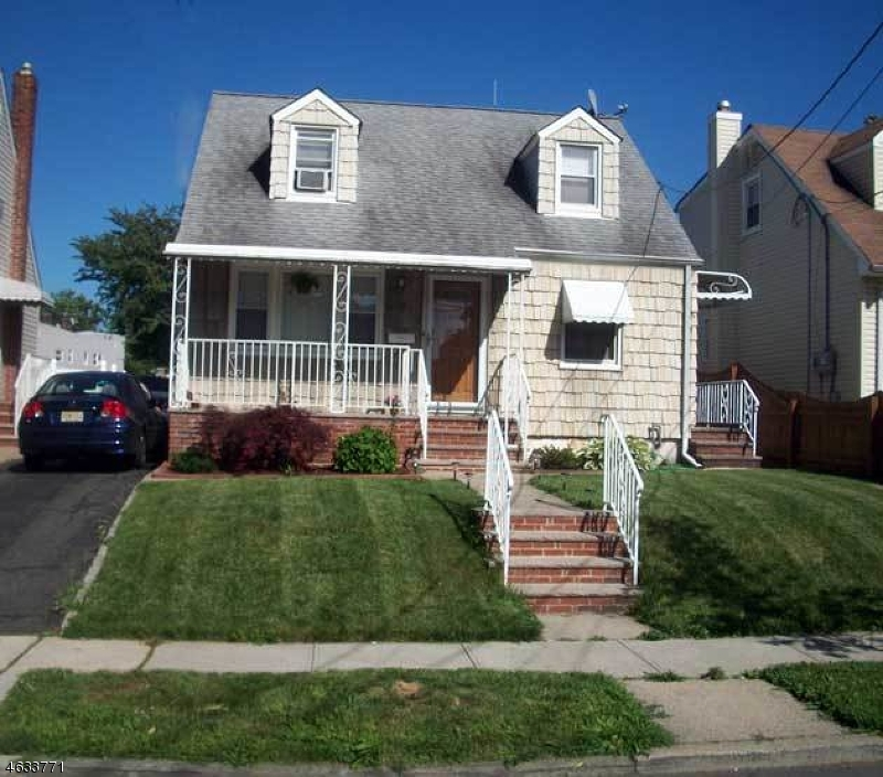 Additional photo for property listing at 623 W Blancke Street  Linden, New Jersey 07036 États-Unis
