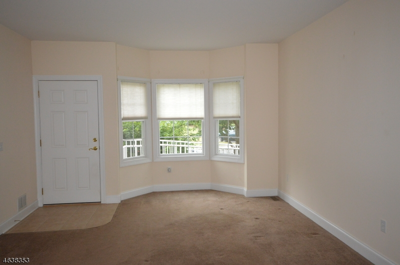 Additional photo for property listing at 22 Dylan Drive  Sparta, Nueva Jersey 07871 Estados Unidos