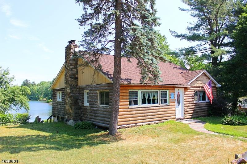 独户住宅 为 销售 在 48 Lakeside Avenue 斯德哥尔摩, 07460 美国