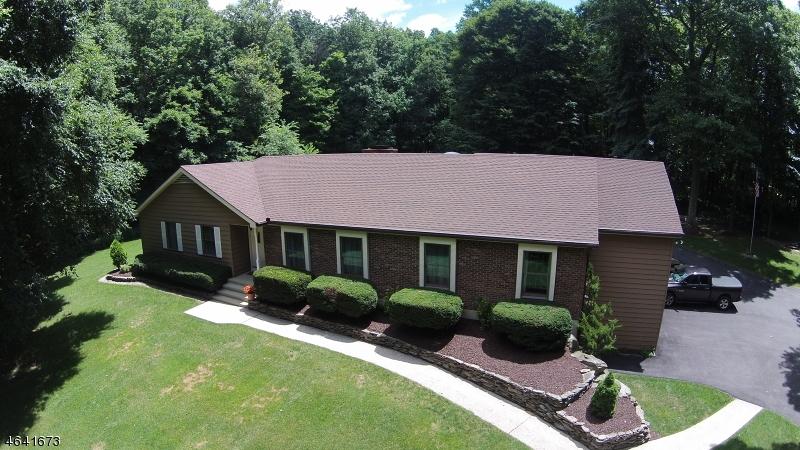独户住宅 为 销售 在 200 Mount Bethel Road Port Murray, 新泽西州 07865 美国