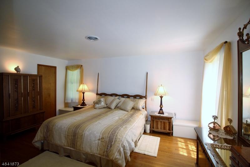 Additional photo for property listing at 200 Mount Bethel Road  Port Murray, Nueva Jersey 07865 Estados Unidos