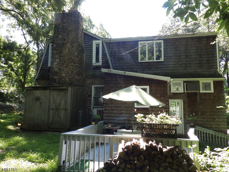 Additional photo for property listing at 144 Hillside Road  Chester, New Jersey 07930 United States