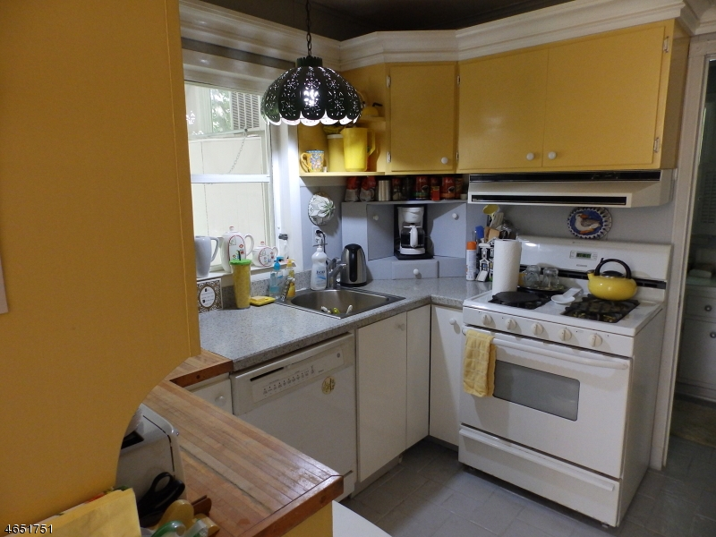 Additional photo for property listing at 144 Hillside Road  Chester, Нью-Джерси 07930 Соединенные Штаты