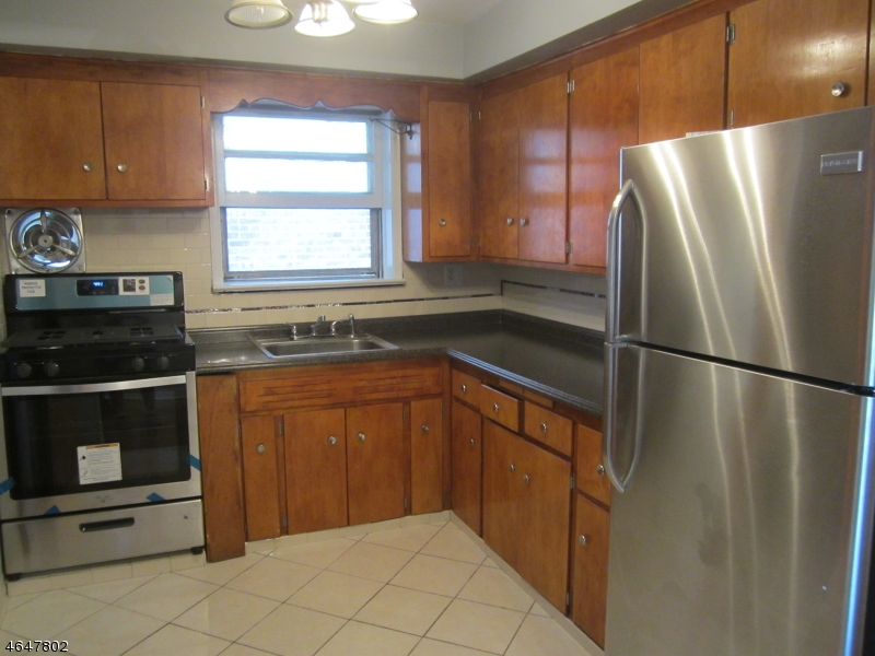 Additional photo for property listing at Address Not Available  Maplewood, New Jersey 07040 États-Unis