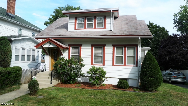 Additional photo for property listing at 28 Birch Street  West Orange, New Jersey 07052 United States