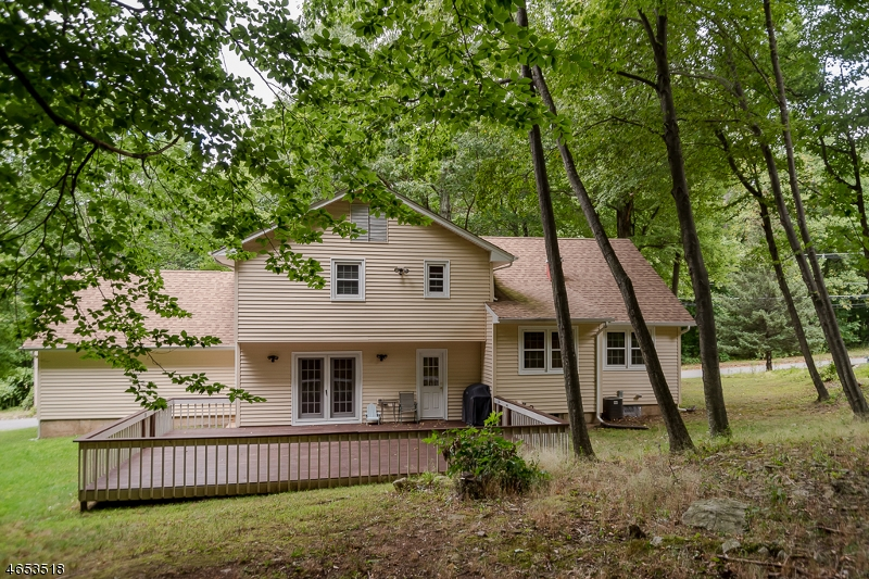 Additional photo for property listing at 11 Mildred Ter  Flanders, Nueva Jersey 07836 Estados Unidos