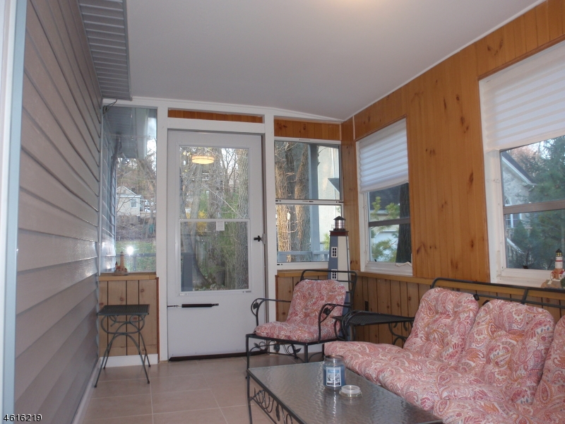 Additional photo for property listing at 153 Mountain Blvd  Watchung, New Jersey 07069 États-Unis