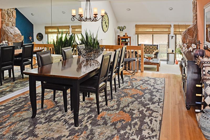 Частный односемейный дом для того Продажа на 2 Carolyn Court Morristown, Нью-Джерси 07960 Соединенные Штаты