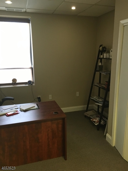 Additional photo for property listing at 605-607 VALLEY Road  Montclair, New Jersey 07043 États-Unis