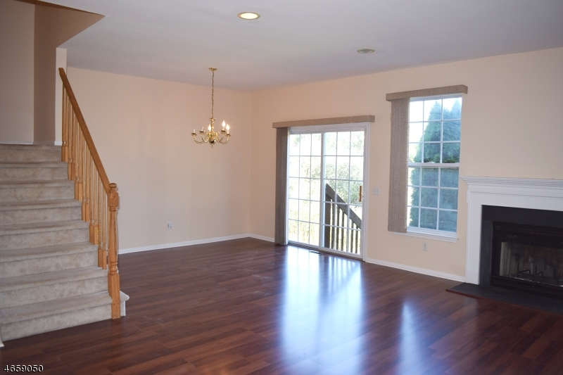 Additional photo for property listing at 28 Gordon Circle  Parsippany, New Jersey 07054 United States
