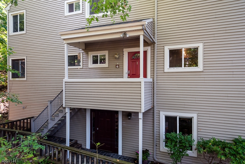 Additional photo for property listing at 38 Chestnut St, 2  Morristown, New Jersey 07960 États-Unis