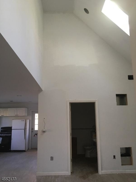 Additional photo for property listing at 7-A Byron Place  Sparta, Нью-Джерси 07871 Соединенные Штаты