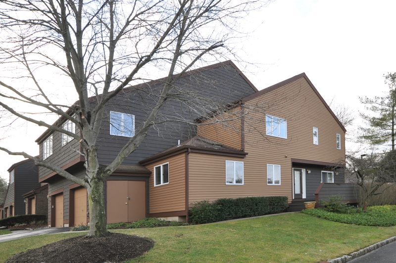 Частный односемейный дом для того Аренда на 1 Avery Court Madison, Нью-Джерси 07940 Соединенные Штаты