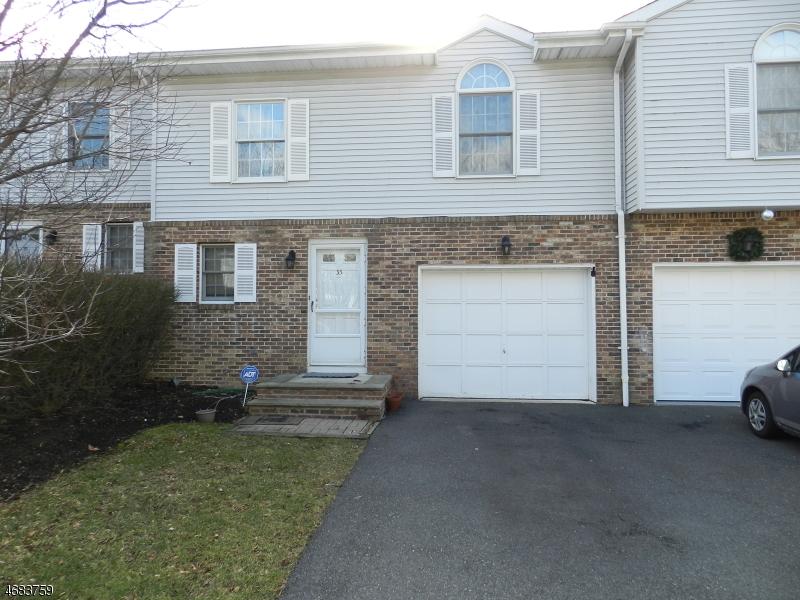 Частный односемейный дом для того Аренда на 33 Jaime Court Morris Plains, Нью-Джерси 07950 Соединенные Штаты