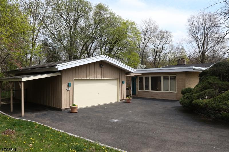 Maison unifamiliale pour l Vente à 849 Wickham Way Ho Ho Kus, New Jersey 07450 États-Unis